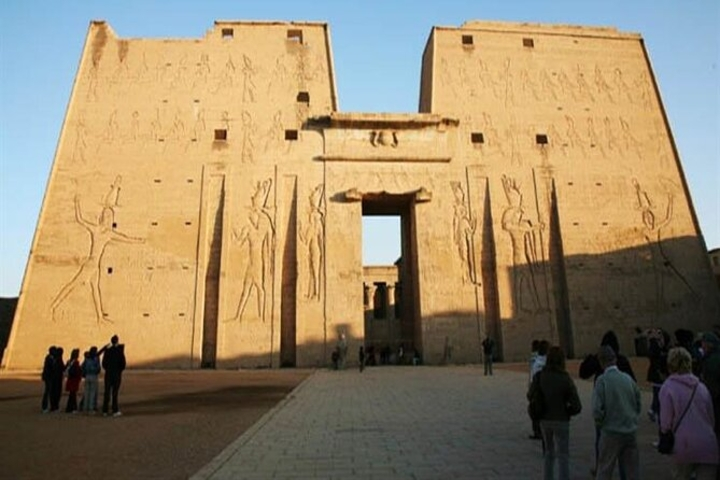 Tour To Edfu and Kom Ombo Temples From Aswan