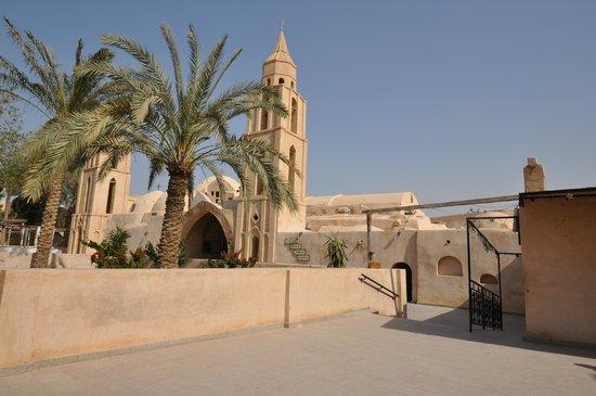 wadi-natrun egyptbreezetours 11